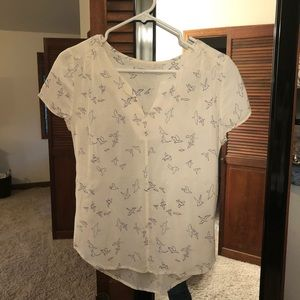 Hinge V Neck Shirt